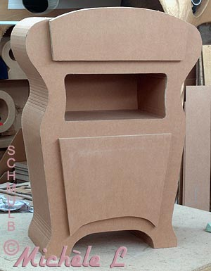 le bahut en carton pour ranger documents et revues. Black Bedroom Furniture Sets. Home Design Ideas