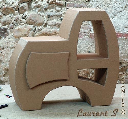 meuble sobre en carton pour loisirs creatifs. Black Bedroom Furniture Sets. Home Design Ideas