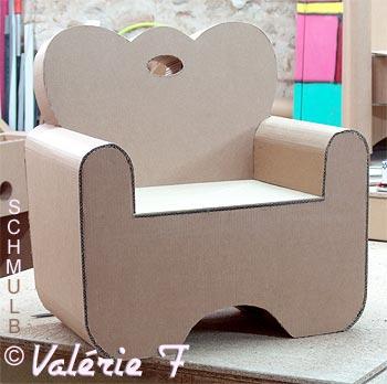 le meuble enfant fabriqu en carton. Black Bedroom Furniture Sets. Home Design Ideas