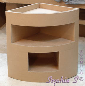 Meuble d 39 angle ou meuble de coin construit en carton for Petit meuble d angle but
