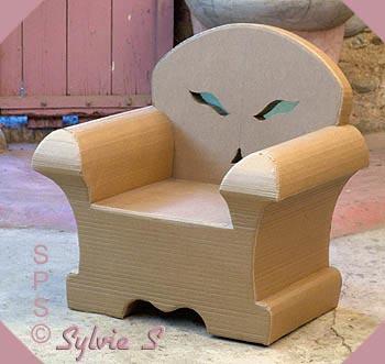 fabriquer un fauteuil 19 mod les de fauteuils en carton. Black Bedroom Furniture Sets. Home Design Ideas
