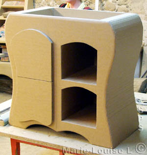 petit mobilier de stage la commode en carton. Black Bedroom Furniture Sets. Home Design Ideas