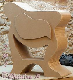table de chevet en carton pour premier ouvrage. Black Bedroom Furniture Sets. Home Design Ideas