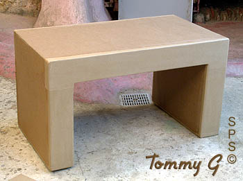 table basse en carton table de salon. Black Bedroom Furniture Sets. Home Design Ideas